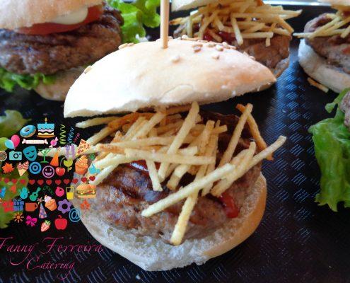 mini hamburguesas bocaditos salados fanny ferreira