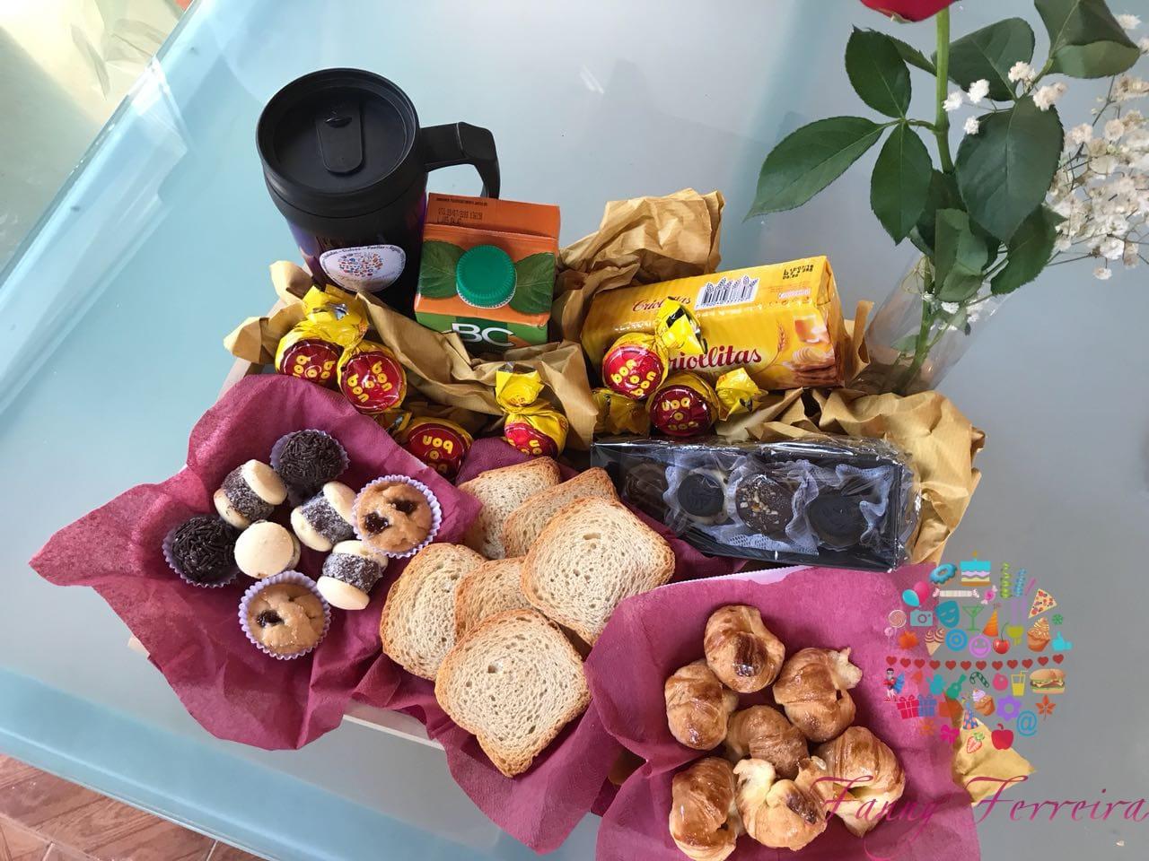 Canastas de desayuno y regalos empresariales